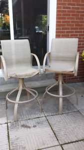Tall outdoor bar chairs