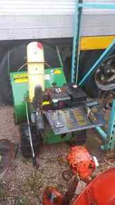 John Deere 1028 snowblower