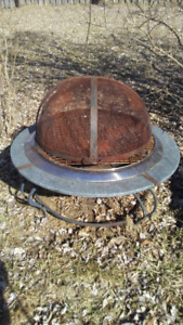 Fire pit/cook stove with rounded dome cover