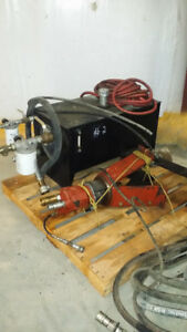 2 hydraulic pumps with reservoirs