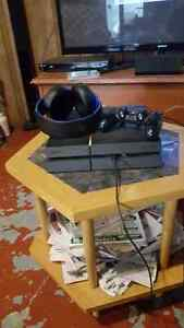 Used PS4-With Controller and headset
