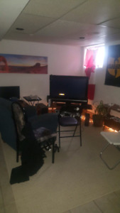 Rooms for rent near Mohawk College. Students only starting Sept.