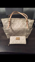 MICHAEL KORS LOGO PURSE & WALLET