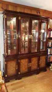 Spectacular large Oriental China Cabinet Buffet + Hutch West Island Greater Montréal image 1