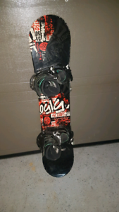 "Planche a neige ""5150"" 100$"