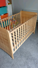 Mothercare Convertible Cot / Cot Bed