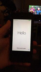 Selling my iPhone 5s Edmonton Edmonton Area image 1