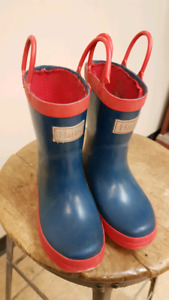 Hatley toddler 8 rubber boots