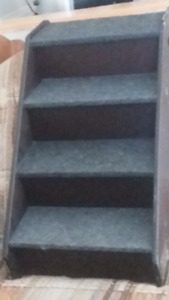 small staircase for puppies or small dogs