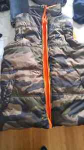 Camo vest.kids youth large