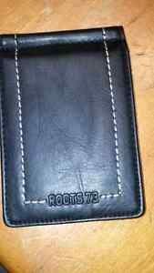 Men's leather Roots wallet