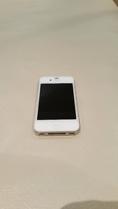 Iphone 4S White 16GB with Rogers