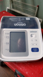 Tensiomètre Omron Blood pressure
