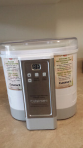 Cuisinart electronic yogurt maker with Automatic Cooling System