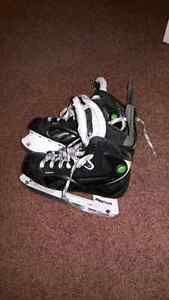 Reebok pump sc14 skate youth boys size2