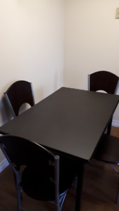 Dining table or kitchen table and four chairs