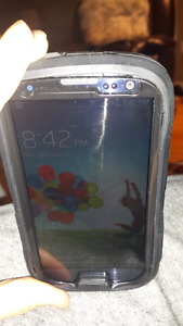 Galaxy Samsung 3 cell phone with new battery