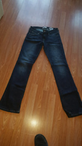 **Guess Jean's**