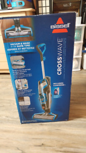 Brand New Bissell CossWave