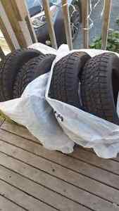 Studded winter tires 185/65/15