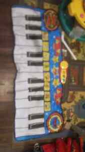 Great condition used toys !  Stratford Kitchener Area image 4