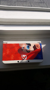 Selling 3ds with 4 games and chager