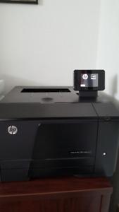 Imprimante HP LaserJet Pro 200 color M251nw