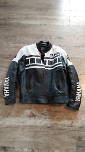 Girls or Guys Leather Motorcycle Jacket Yamaha Size M