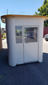 Security Booths/Parking Attendant Booths 6'x4' and 4'x4'