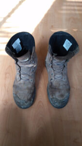 Free construction boots (used) (size 9.5)