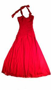 Robe de bal – rouge (grandeur 6)