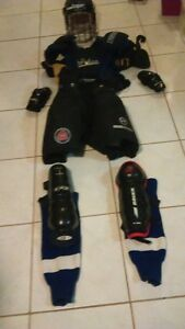 JUNIOR HOCKY EQUIPEMENT FOR SALE