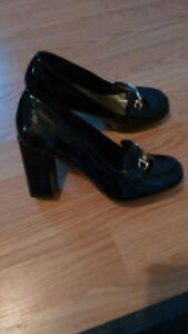 Shiny Black Heel Shoes