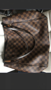 Authentic Excellent Condition LV Marylebone GM