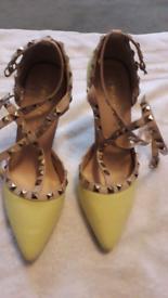 Womens size 6 yellow studded heels