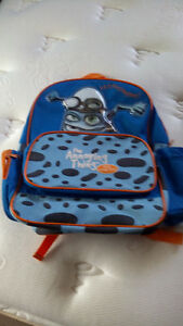Kids backpack like new