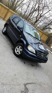 1999 Mercedes-Benz M-Class ML320 SUV, Crossover