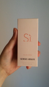 Armani 'Si' perfume for women - NEW AND UNOPENED $60