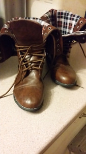 Boots Size 39