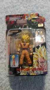 Super Saiyan 3 Goku Dragon Ball Z Bandai Hybrid Action  Edmonton Edmonton Area image 1