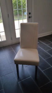 Modern Dining Table and 2 Chairs