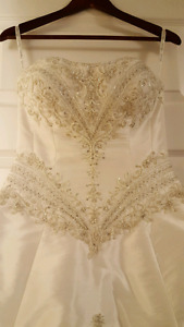 Wedding gown by Singnature Designs