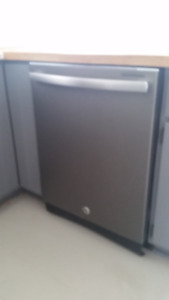 GE Dishwasher, great condition.