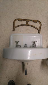 Vintage sinks and clawfoot tubs.
