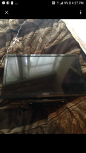 24 inch tv built in DVD player
