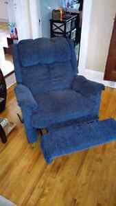 Blue recliner  London Ontario image 1
