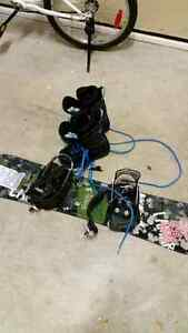 NEW EUC Lamar snowboard and Firefly boots