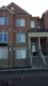 Beautiful 3 Bedroom Townhouse in Greensborough Markham for Rent
