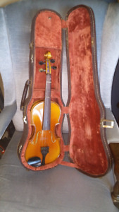 1/2 size bernini violin