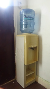 Water Stand- CHEAP!